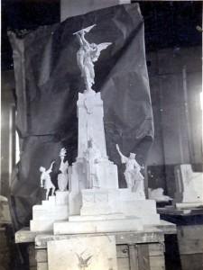 Patria Mente e Cuore bozzetto dello scultore A.U. Ubezio