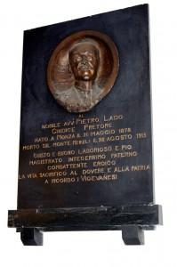 Monumento commemorativo nel Tribunale di Vigevano