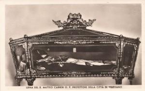 Urna del Beato Matteo Carreri (*)