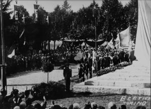 (*) Inaugurazione del Monumento ai Caduti (2)