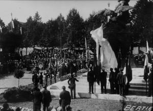 (*) Inaugurazione del Monumento ai Caduti (3)
