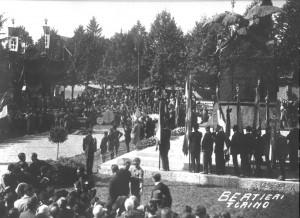 (*) Inaugurazione del Monumento ai Caduti (4)