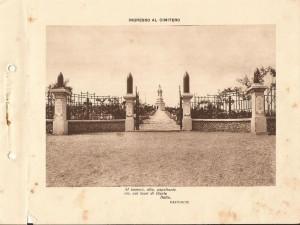 Ingresso al cimitero