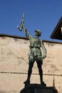 Monumento ai Caduti Frazione Garbana