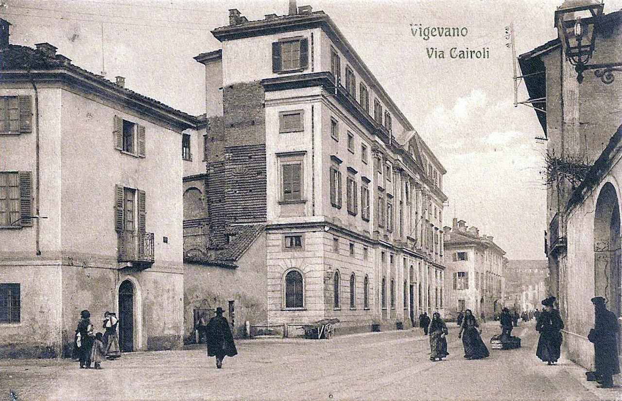 Regio Liceo Benedetto Cairoli