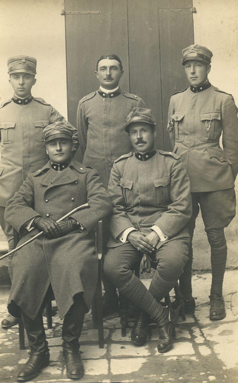 tenente-luigi-mussini-foto-ricordo-con-i-colleghi