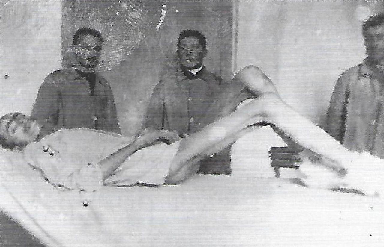 foto censurata di un prigioniero