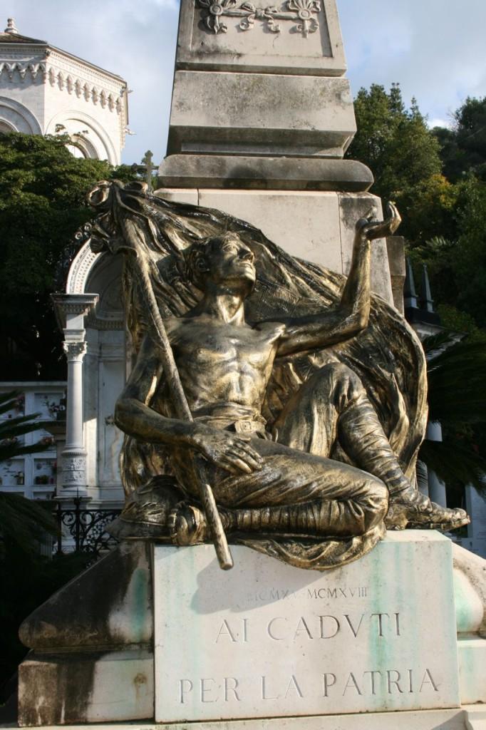Particolare del Monumento ai Caduti di Zoagli